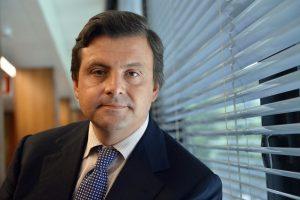Il Ministro Carlo Calenda annuncia l'iniziativa PMI