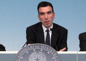 Il Ministro Martina annuncia la nuova legge contro il caporalato