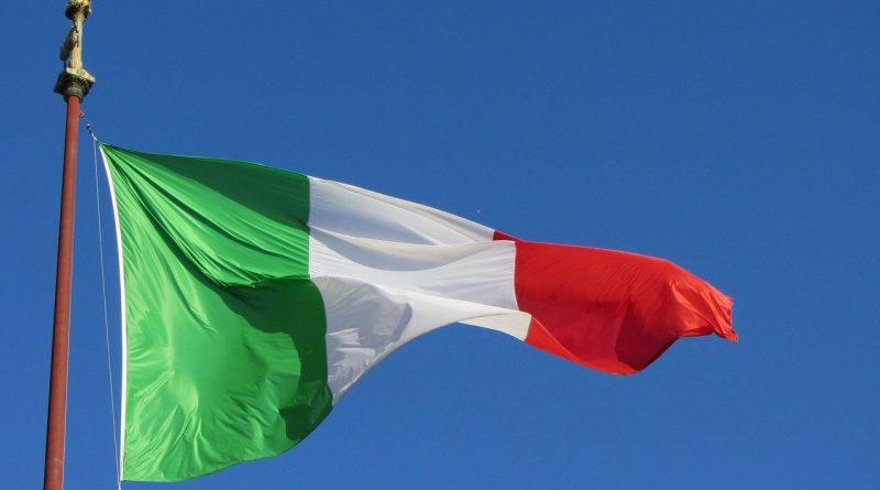 L'Italia riapre, Roma tricolore spera