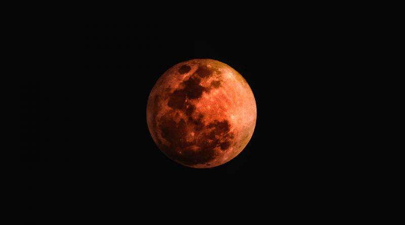 'Luna di sangue', luna dell'anima